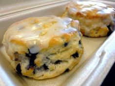 Blueberry Biscuits: 2 Cups Flour 1 Cup milk (cold) ⅓ Cup sugar 5 T of butter (cold or frozen) 4 tsp baking powder 1 tsp salt 3 oz of blueberries (fresh or dried) Glaze: 1 Cup of powdered sugar ⅛ Cup of water 1 tsp of vanilla ½ tsp of lemon juice Breakfast And Brunch, Breakfast Dishes, Breakfast Biscuits, Dessert Biscuits, Morning Breakfast, Sunday Morning, Breakfast Appetizers, Breakfast Dessert, Perfect Breakfast