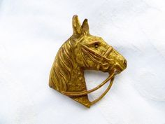 Vintage Horse Brooch Equestrian Pin Horse Lover Hampton Classic by VintageVogueTreasure on Etsy https://www.etsy.com/uk/listing/471780519/vintage-horse-brooch-equestrian-pin