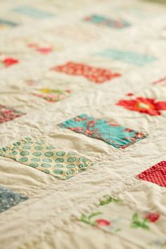 colour and white quilt