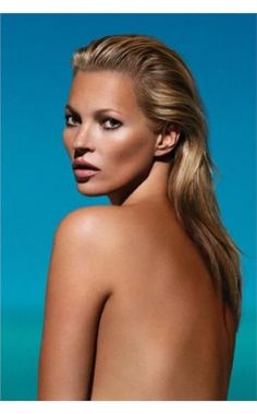 """There is nothing conceptually better than Kate Moss to define the culture contemporary. based on the book """"Kate Moss Machine"""" by Christian Salmon Kate Moss, Miranda Kerr, Peeling Creme, Playboy, Beauty Secrets, Beauty Hacks, Beauty Tips, Beauty Trends, Mobile Spray Tanning"""