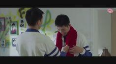When Luo Yin put on a scarf for Gu Hai. knitted by Luo Yin a.k.a ZZ himself 😱😍 #Addicted #HaiLuoYin #GuHai #BaiLuoYin #Heroin #HuangJingYu #XuWeiZhou #ZZ #ShangYin #CantWaitforSeason2