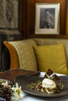 Arvenholzglace Table Decorations, Cake, Desserts, Food, Home Decor, Time Travel, Viajes, Recipies, Tailgate Desserts
