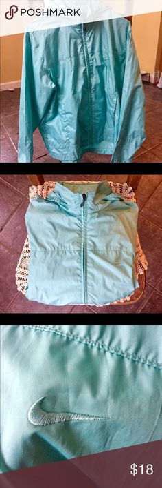 Nike M women's wind breaker Light, robin's egg blue. Great for travel! Can pack up really small. It's a beautiful color and in fantastic condition. Nike Jackets & Coats