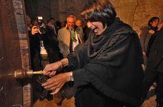 """Le vin """"Clos de Chillon"""" est élevé et mis en bouteille au Château de Chillon Wine Cellars, Bottle, Wine, Wine Fridge"""