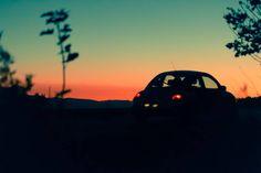 Zum Abschluss der Sonnenuntergangs-Trilogie darf ein Käfer natürlich nicht fehlen...  . . . #sonnenuntergang #sunset #himmel #sky #auto #car #käfer #vwkäfer #beetle #newbeetle #silhouette #orange #draußen #outdoor #deutschland #germany