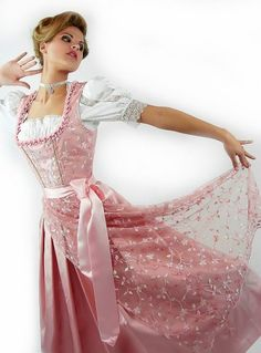 Posh Silk Dirndl in pink.
