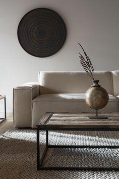 Small Living Rooms, Living Room Grey, Living Room Decor, Living Spaces, Unique Furniture, Furniture Design, Small Room Interior, Chinese Interior, Minimal Decor