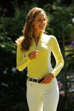"""The LILO """"Gracie"""" belt pairs up nicely with Arista's Sunblocker Long Sleeve Shirt"""