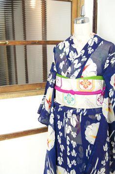紺青の地に大輪の朝顔模様が美しい夏着物 - アンティーク着物