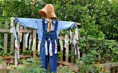 How to Make a Scarecrow - Redeem Your Ground | RYGblog.com