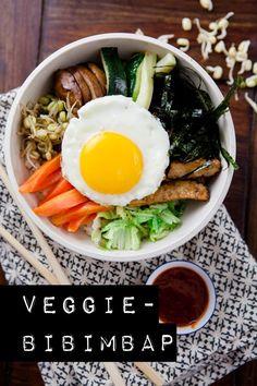 Bibimbap - das ist ein tradionelles koreanisches Gericht. Hier findet ihr meine eiegne, vegetarische Variante. Natürlich inklusive Rezept!