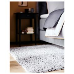 The high pile makes it easy to join several rugs, without a visible seam. The dense, thick pile dampens sound and provides a soft surface to walk on. Ikea, Rug Under Bed, Wet Spot, Medium Rugs, Professional Carpet Cleaning, Diy Case, Queen Bedroom, Master Bedroom, Long Rug