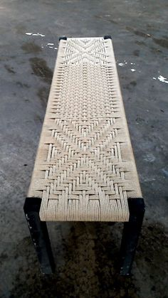 home decor ideas furniture Furniture Projects, Furniture Decor, Wood Projects, Furniture Design, Chaise Diy, Woven Chair, Diy Woven Bench, Decoration Table, Handmade Furniture