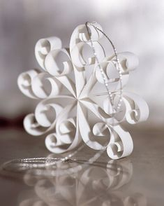 Best DIY Snowflake Decorations, Ornaments and Crafts - Quill Snowflakes - Paper Crafts with Snowflakes, Pipe Cleaner Projects, Mason Jars and Dollar Store Ideas - Easy DIY Ideas to Decorate for Winter - Creative Home Decor and Room Decorations for Adults, Teens and Kids http://diyjoy.com/diy-projects-snowflakes