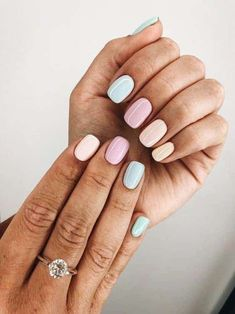 Flowery or fruity patterns and abstract designs are getting a lot of attention this year. Cute Acrylic Nails, Cute Nails, Pretty Nails, Cute Nail Colors, Candy Colors, Pastel Nail Art, Pastel Nail Polish, Nail Polish Trends, Toe Nail Colours