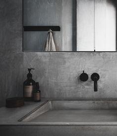 Modern bathroom design and installation service - Luxury Bathrooms