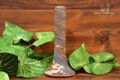 Niloak Pottery Mission Swirl Bud Vase Shape 109 inch - The Kings Fortune Vase Shapes, Light Reflection, Bud Vases, Earth Tones, Pottery Art, Arts And Crafts, Ceramics, Vintage, Ceramica