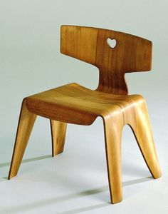 Charles and Ray Eames, 1945, Children's Chair, molded plywood, Evans Products Company, California.