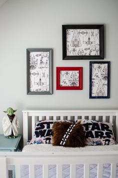 Wallpaper ideas for kids. Kids bedroom ideas for boys. Star Wars bedroom idea. Budget friendly kids ideas. Organization for kids and childrens room decor. Budget Friendly wall art for kids