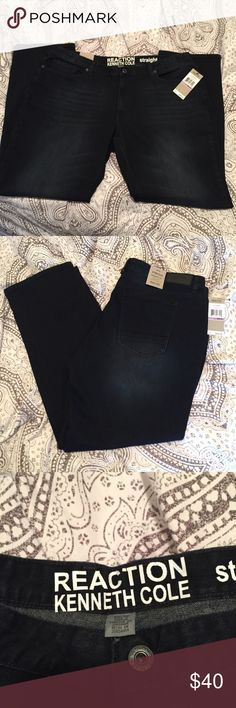 Reaction Kenneth Cole Jeans size 38 x 32 Straight leg. Stretch. Low rise waist. Straight fit through hip and leg. Color: Dark Indigo. Style: RFH6BDP17 Kenneth Cole Reaction Jeans Straight