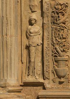 Decoration columns, Leptis Magna, Libya by Eric Lafforgue, via Flickr