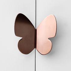 Butterfly door handle in copper/rose gold