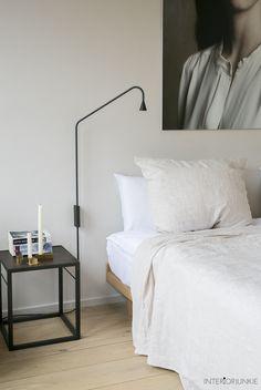 Wooninspiratie opdoen @ The Loft Home Bedroom, Modern Bedroom, Bedroom Decor, Attic Bedrooms, The Loft, Unique Home Decor, Cheap Home Decor, Luxury Homes Interior, Interior Design
