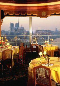 La Tour d'Argent. 15 Quai de la Tournelle, Paris  Ce restaurant français du 5e arrondissement de Paris, souvent cité comme étant parmi les plus anciens d'Europe, aurait été fondé en 1582 par Rourteau. Il est notamment connu pour la vue panoramique qu'il offre sur la Seine et sur la cathédrale Notre-Dame de Paris de l'île de la Cité.