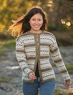 Katalog 1416 - Viking of Norway Fair Isle Knitting, Free Knitting, Knitting Patterns, Knitting Projects, Cardigan Design, Cardigan Pattern, Norwegian Knitting, Fair Isle Pattern, Knit Jacket
