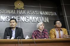 Komnas HAM Minta Pemerintah Tak Urusi Ormas Fokus Kerja! http://news.beritaislamterbaru.org/2017/06/komnas-ham-minta-pemerintah-tak-urusi.html