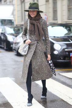 Giovanna Battaglia in a stylish coat and hat #MFW #Streetstyle
