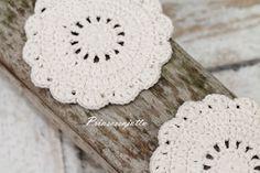 Prinsessajuttu: Lomalla virkattua Crochet Home, Knit Crochet, Crafts To Do, Doilies, Home Deco, Coasters, Crochet Earrings, Knitting, Rugs