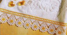 Lindo barradinho de flores em crochê.          grafico