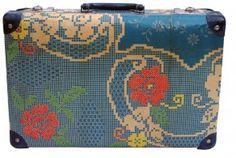 Uoldbag! Up-Cycled Vintage Suitcase