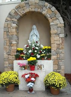 Lourdes grotto, St. Barnabas Church Prayer Garden, Meditation Garden, Grotto Design, Lourdes Grotto, Marian Garden, Mini Cactus Garden, Garden Pond Design, Catholic Altar, Altar Design