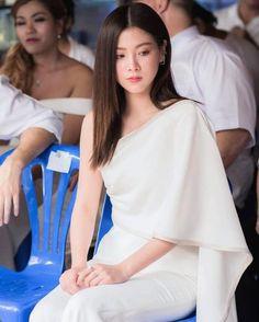 Cute Girl Pic, Cute Girls, Hair Pale Skin, Fashion Models, Fashion Outfits, Asian Cute, Thai Model, Sweet Girls, Classy Outfits