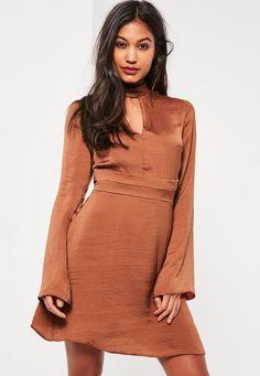 Belted Plunge Choker Neck Dress Bronze - Missguided