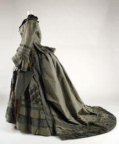 Dress Date: 1870–73 Culture: American Medium: silk Accession Number: 1979.346.113a, b