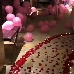 How to surprise your girlfriend on Valentine's Day day sorprise Valentine's Day Surprise Birthday Room Surprise, Birthday Surprise For Girlfriend, Valentines Surprise, Boyfriend Birthday, Anniversary Ideas For Girlfriend, Anniversary Surprise For Him, Surprise Date, Romantic Gifts For Girlfriend, Birthday Surprises For Him