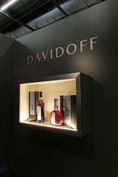 cognac Davidoff sur Vinexpo 2017 Wall Lights, Commercial, Space, Lighting, Home Decor, Country Cottage Living, Floor Space, Appliques, Decoration Home