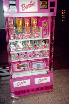 I was looking for the new 2013 toy & found this beauty of a Barbie vending machine that actually exists somewhere - SO cool! Barbie Dolls Diy, Barbie Toys, Diy Doll, Barbie Clothes, Barbie Doll House, Little Girl Toys, Toys For Girls, Baby Girl Toys, Kids Toys