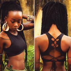 "1,406 Me gusta, 14 comentarios - Manaka : : : : (@voodoufairy) en Instagram: ""Beautifully #handmade cross-back top with striking back detail ✂️So flattering and super flexi!…"""