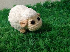 Mi Mi Mi Cutie ovejas pastando en un campo de por IvoryTreeHouse