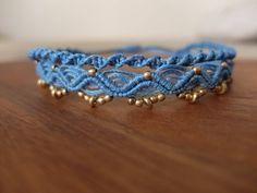 Macrium anklet light blue with brass beads Macrame – Wall Hanging Macrame Bracelet Patterns, Macrame Necklace, Macrame Jewelry, Macrame Bracelets, Ankle Bracelets, Bracelet Crafts, Jewelry Crafts, Diy Accessoires, Slave Bracelet