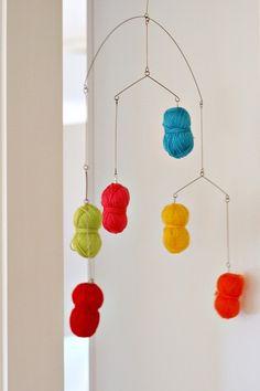 Yarn Mobile by chezlarsson     DIY