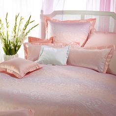 161 Best Bedding Images In 2019 Luxury Bed Linens Luxury Bedding