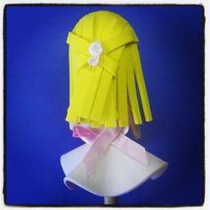 #Fofulápiz de #niña de #comunión #rubia hecho a #mano por @ManualiMIX - Artesanía Creativa & Productos Personalizados. Ideal como #regalo.