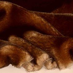 Chinchilla rot braun Nerz Kunstfell als Meterware für Decke Jacke Mantel Pelz in Bastel- & Künstlerbedarf, Stoffe   eBay!