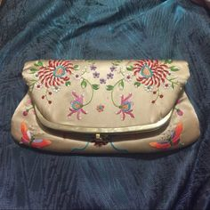 Vintage Asian silk like expanding clutch Reposhing Bags Clutches & Wristlets