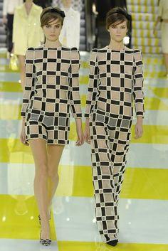 Louis Vuitton RTW Spring 2013 - Runway, Fashion Week, Reviews and Slideshows - WWD.com